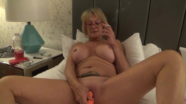 Large tit gigi juggs smokes and plays w myself milf gilf large bumpers cigarette pierced nipps clitoris