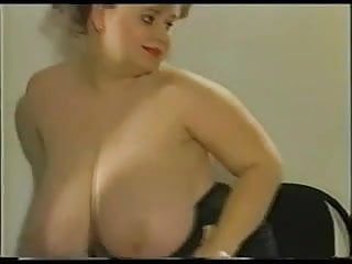 Plumper with huge hanging mambos and large areolas