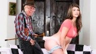 That babe desires this granddad to be her sugar dad