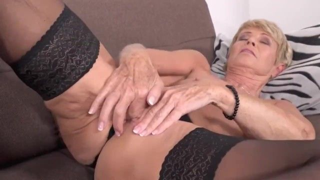 Old slim grandma want to fuck